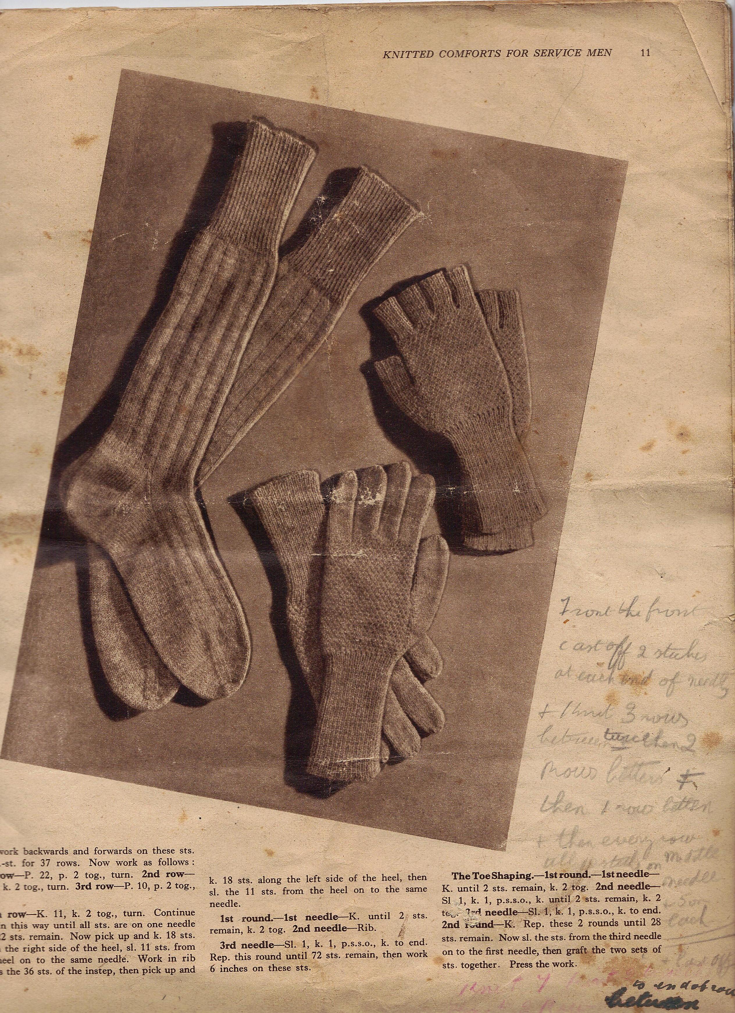 Wartime Fingerless Gloves – The Knitting Genealogist